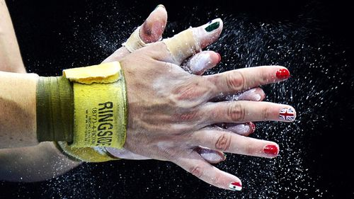 Olympic Nails3